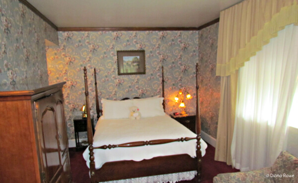 Suite at the General Palmer Hotel in Durango