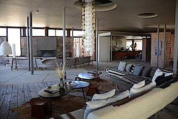 Tierra Atacama living room