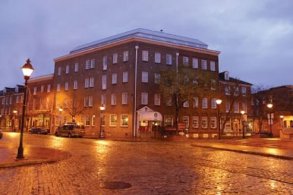 Two Haunted Hotels That Offer Ghost Tours Year Round