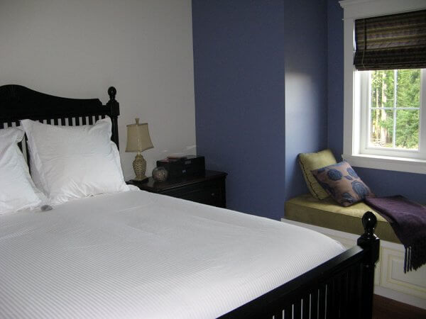 Lavender Room, Damali B&B, Cowichan Valley, British Columbia, Canada