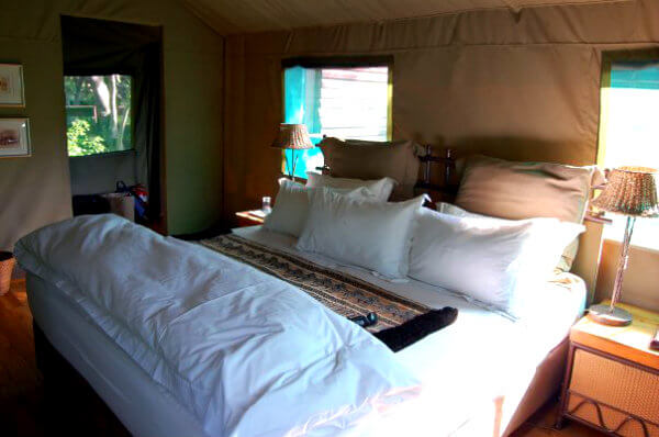 The African-chic interior of a tent at Kapama Buffalo Lodge