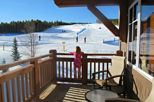 Step onto the balcony of your ski-in/ski-out condos at One Ski Hill Place.