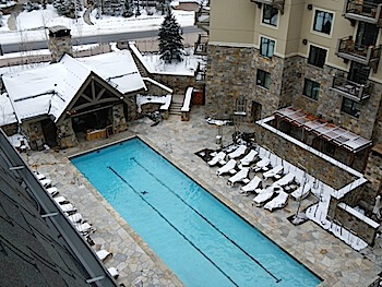 Four Seasons Vail pool