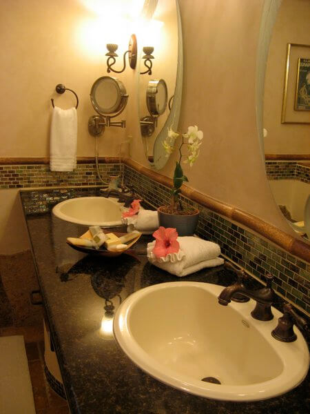 Junior suite bathroom, Inn at Mama's Fish House, Maui, Hawaii