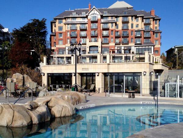 Exterior, Oak Bay Beach Hotel, Victoria BC Canada