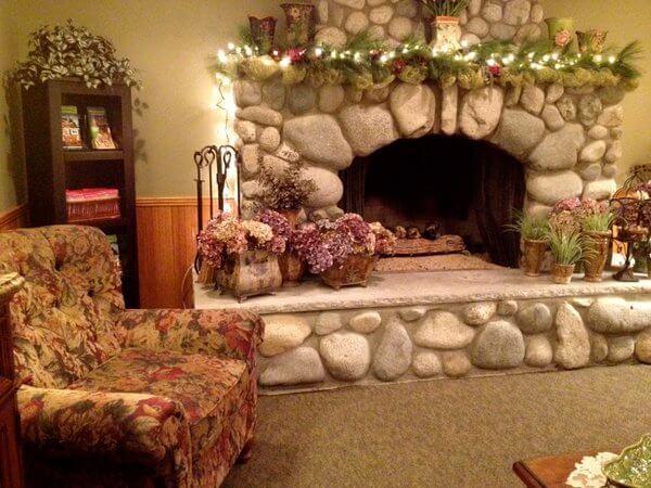 Lobby, Wild Iris Inn, LaConner, Washington
