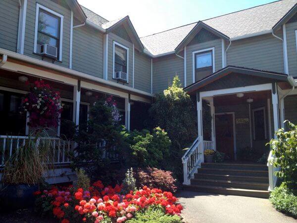 Exterior, Wild Iris Inn, LaConner, Washington