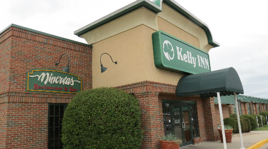 kelly inn outside