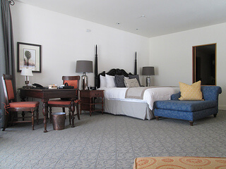 Ojai Valley Inn suite