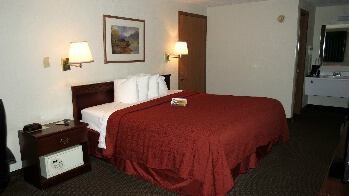 King bed comfort with adventure just minutes away