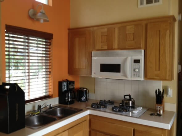 The small but function kitchen at RiverPointe Resort