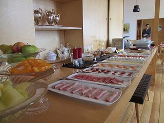 Casa das Penhas Douradas breakfast