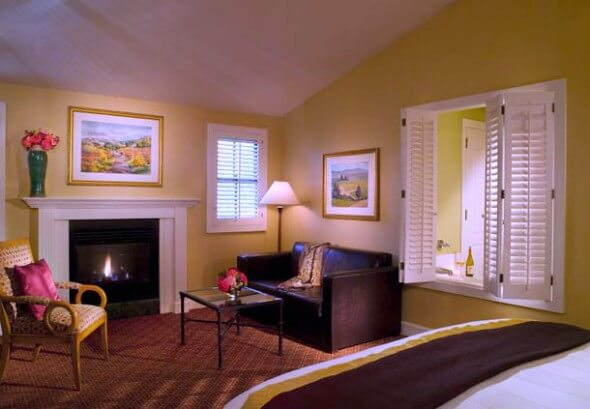 A cottage room with fireplace at the Lodge at Sonoma