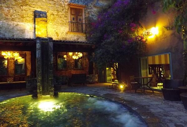San Miguel de Allende pool