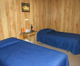 bed, marial lodge, rogue river, southern oregon