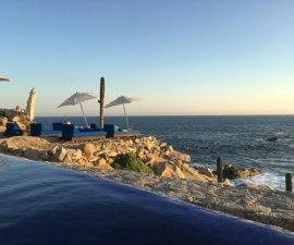 Infinity pool and ocean view