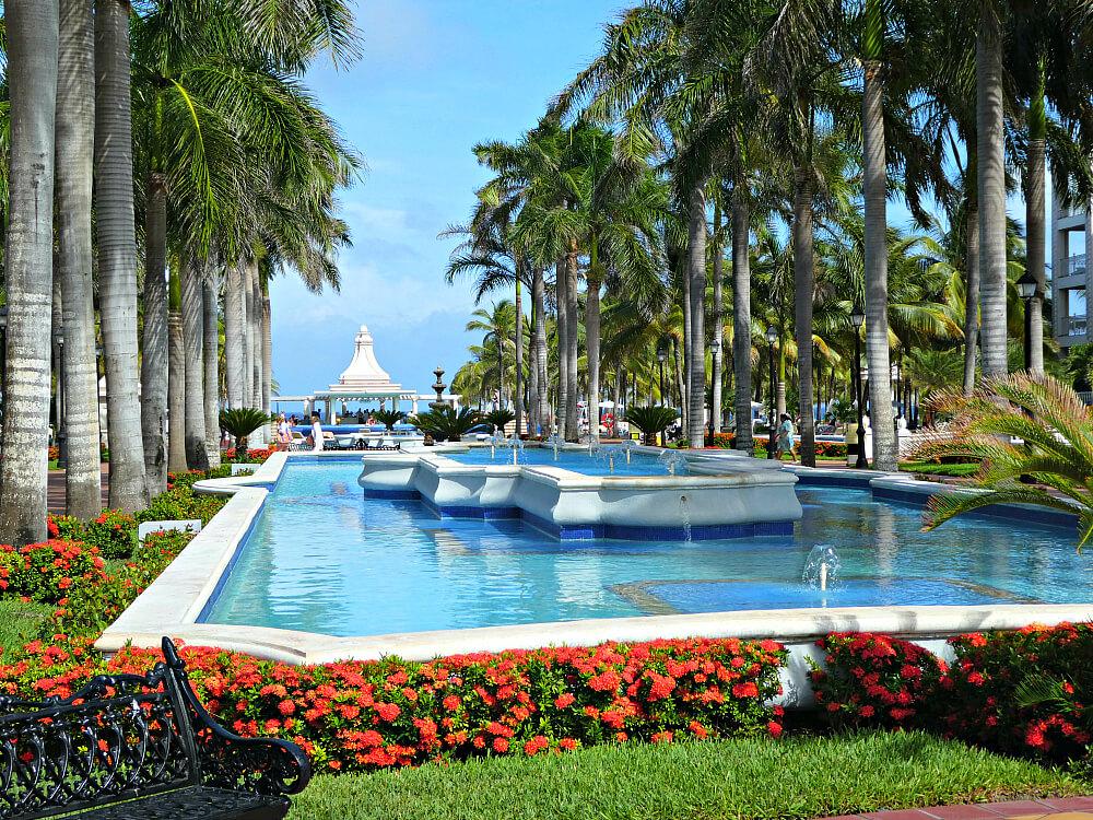 beach time riu palace riviera maya mexico. Black Bedroom Furniture Sets. Home Design Ideas