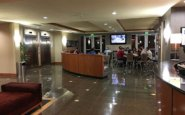 Holiday Inn Oakland Airport Sports Bar