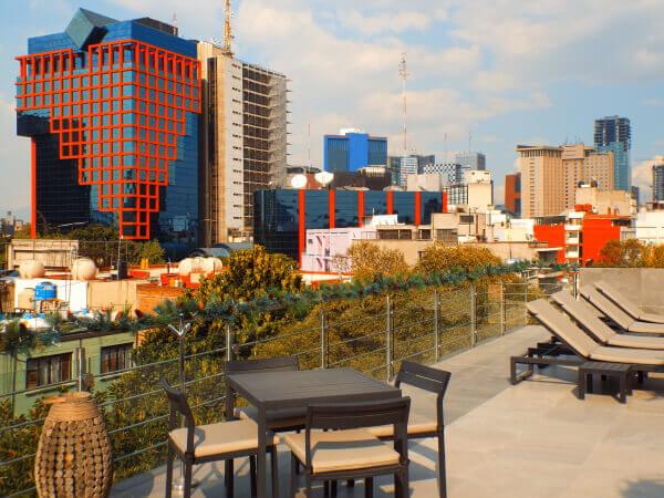 Book at Stara Hamburgo Mexico City