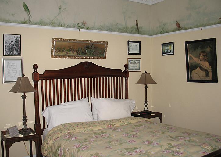 Tamarack Bedroom in Laurium Manor Inn (Photo by Susan McKee)