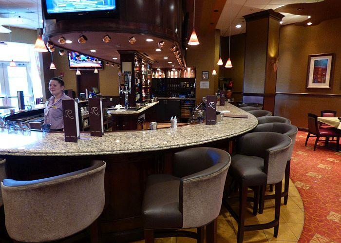 Embassy Suites bar Huntsville