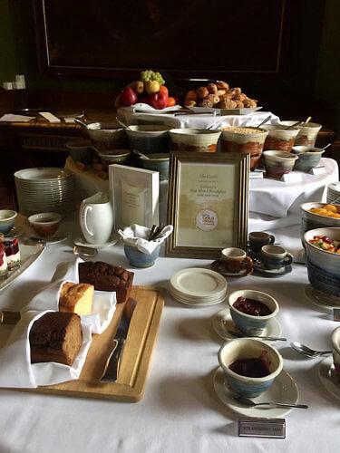 irish breakfast, castle leslie, breakfast buffet, bed & breakfast, ireland