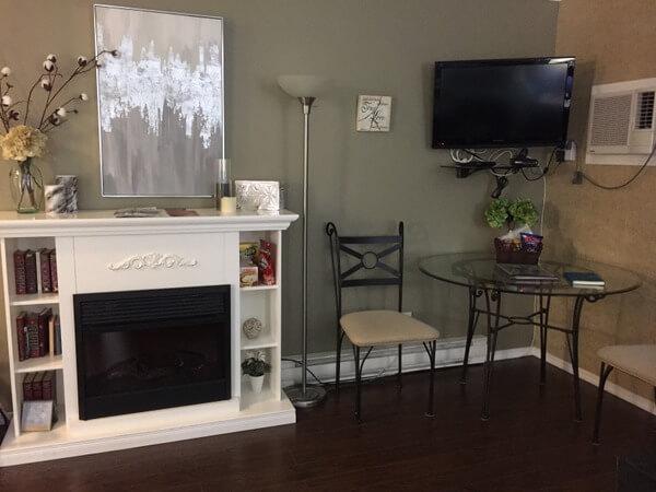 Guest room, Evergreen B&B, Hope, BC, Canada
