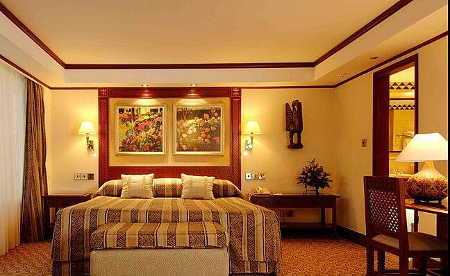 Guest Room (Photo courtesy of Nairobi Serena Hotel)