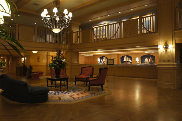 Review of disney 39 s yacht club resort for Garden view rooms at disney beach club