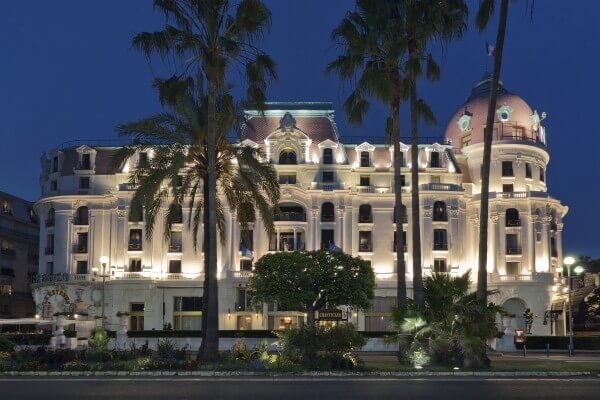 French riviera hotel le negresco for Exterieur in french