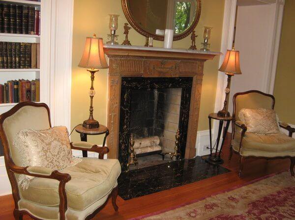 Parlor fireplace, Osler House, Hamilton, Ontario Canada IMG_0878