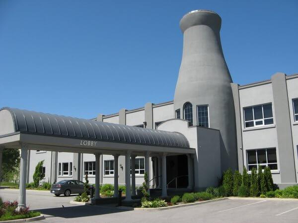 Sterling Inn & Spa, Niagara Falls, Ontario, Canada