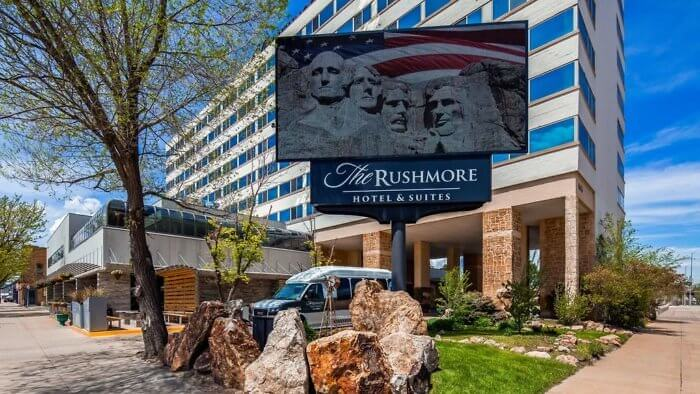 The Rushmore Hotel & Suites is located on Main Street in the historic downtown Rapid City.