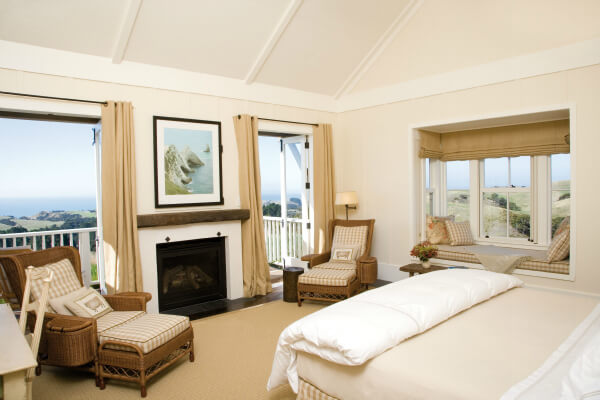 The Lodge Suite at Cape Kidnappers includes a fireplace.