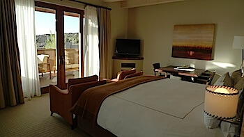 Four Seasons Santa Fe room