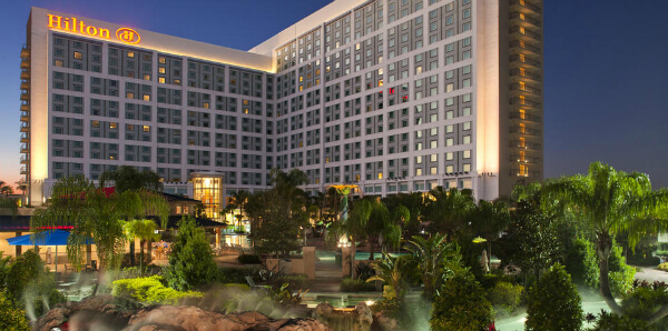 The Hilton-Orlando charms both business and leisure travelers.
