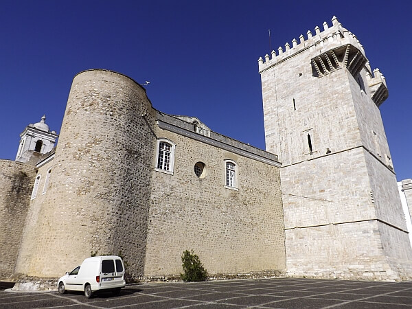 castle hotel estremoz portugal