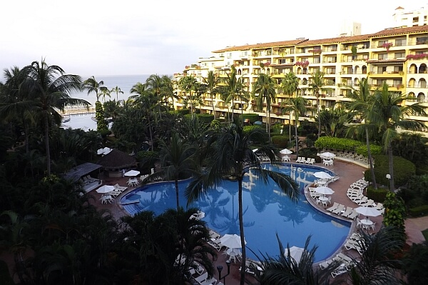 velas-vallarta-resort