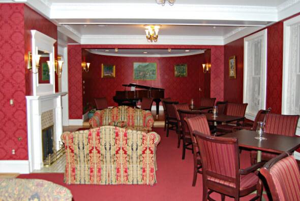 Cliff House Music Room - Lobby