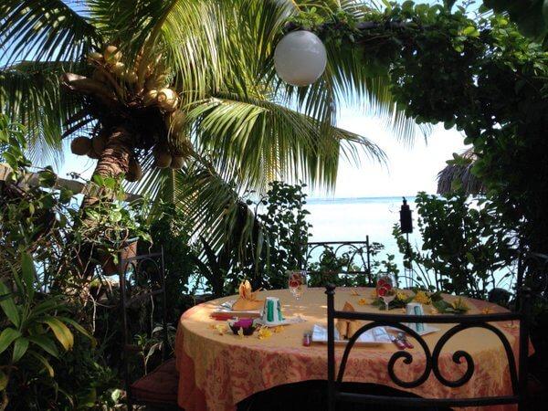 Breakfast table, Fenua Mata'i'oa, Moorea, French Polynesia
