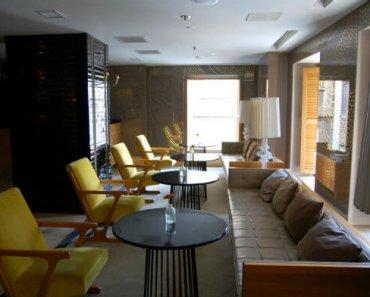The lobby of the Witt