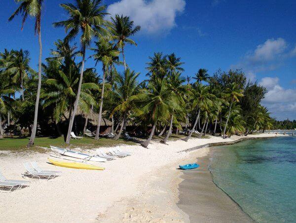 Beach, Kia Ora Resort, Rangiroa, French Polynesia