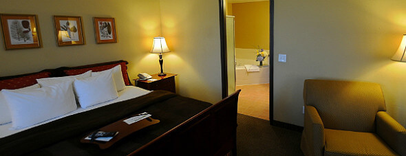 A look at the Golden Hotel's Deluxe room and bath