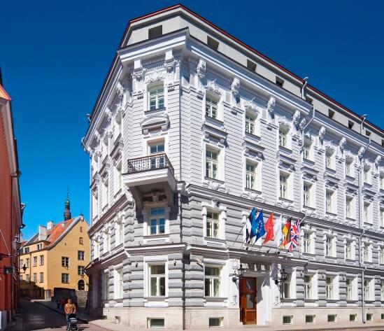 telegraaf-facade-day-corner