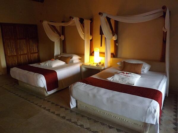 Zihuatanajo resort room