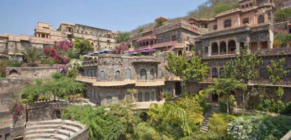 neemrana outside hill