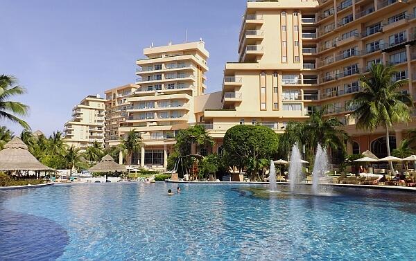 Cancun Coral Grand