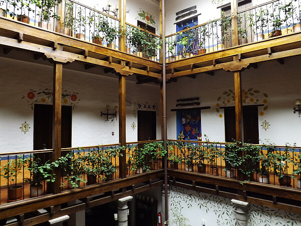 Ecuador hotels for Hotel luxury quito