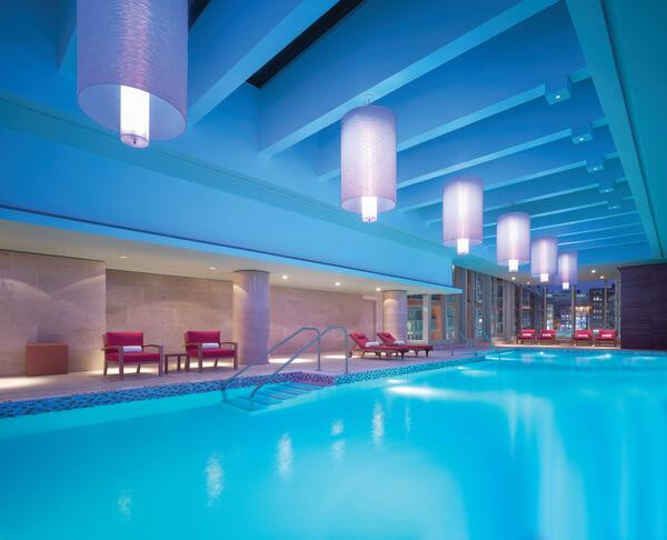 Shangri-La Hotel Toronto pool