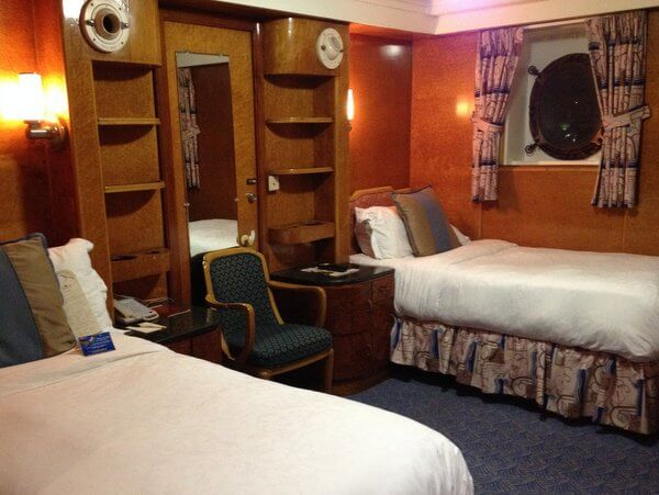 Queen Mary stateroom I